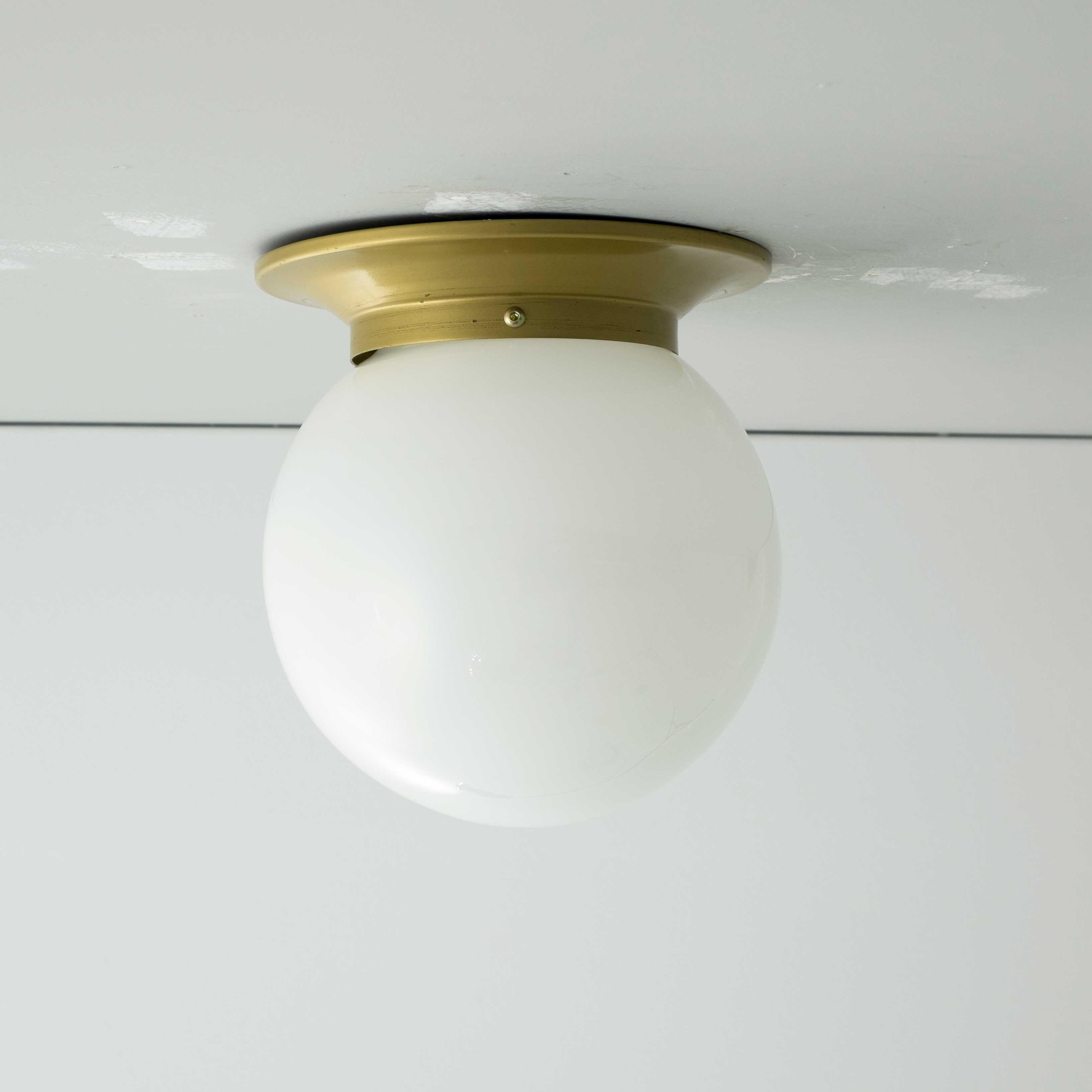 Plaf N Zocalo Bola De Cristal Opal 16cm Plafones Pinterest  ~ Plafones Fluorescentes Para Cocina