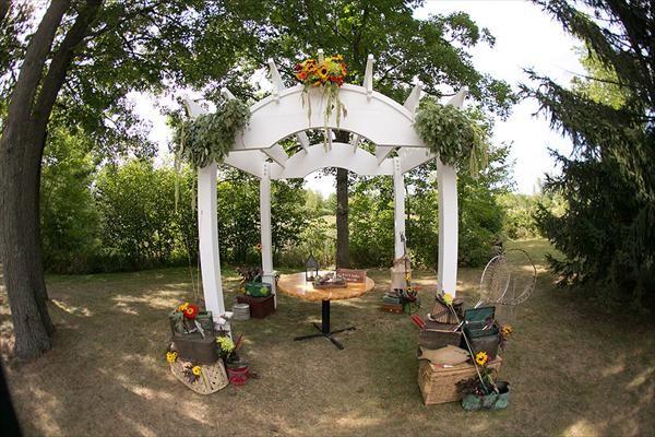 Camo Or Fishing Themed Wedding Altar Keywords:
