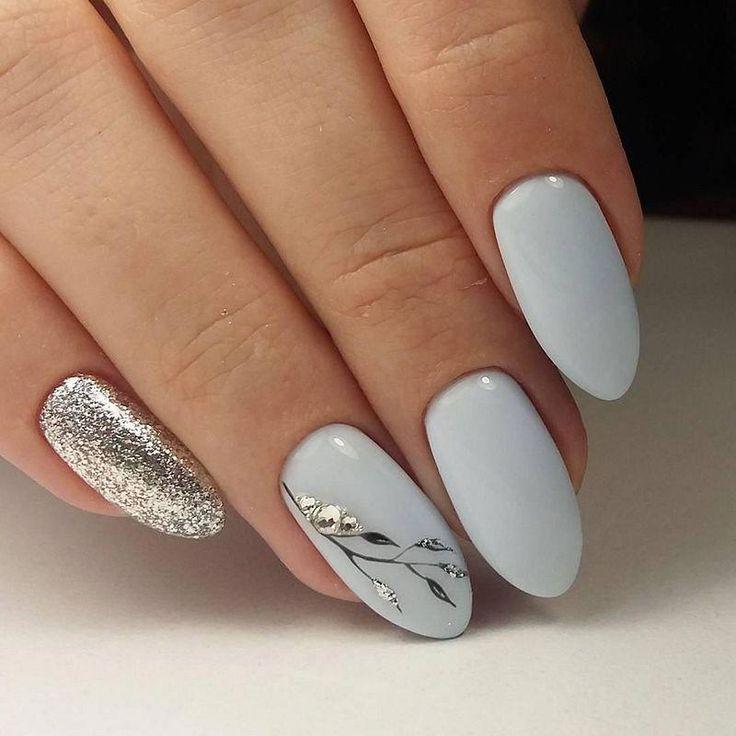 31 Gray Nail Art Designs Free Pattern And Tutorials Designs Graynail Classic Nails White Acrylic Nails Nail Designs