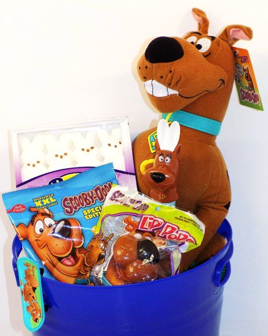 Amazon scooby doo mystery gang candy and toy easter basket amazon scooby doo mystery gang candy and toy easter basket with plush scooby negle Image collections