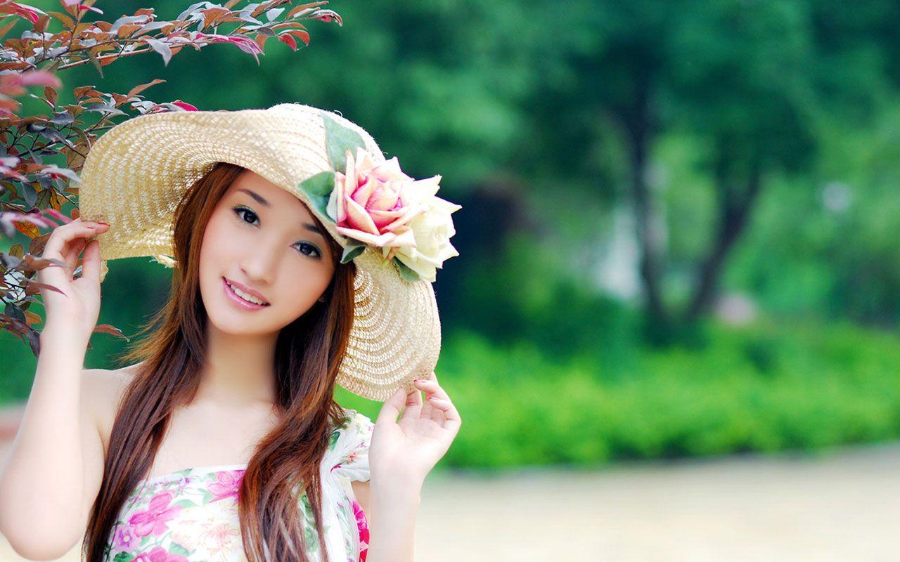 Free Wallpapers Http Www Nice1 Netau Net Cute Girl Wallpaper Beautiful Girl Wallpaper Cute Girl Hd Wallpaper