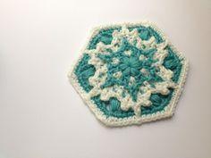 Crochet hexagon snowflake crochet granny square free pattern x crochet hexagon snowflake crochet granny square free pattern x mas dt1010fo
