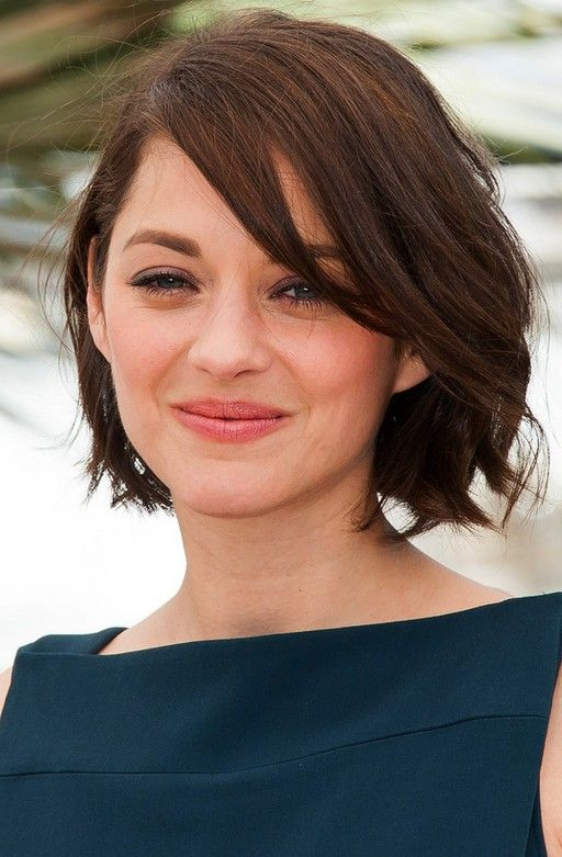 Marion Cotillard Hairstyles Casual Short Wavy Haircut With