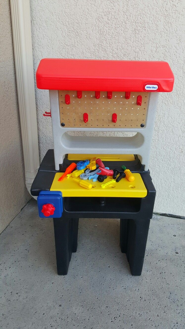 Little Tikes Work Bench Has Some Tools Rare Vintage