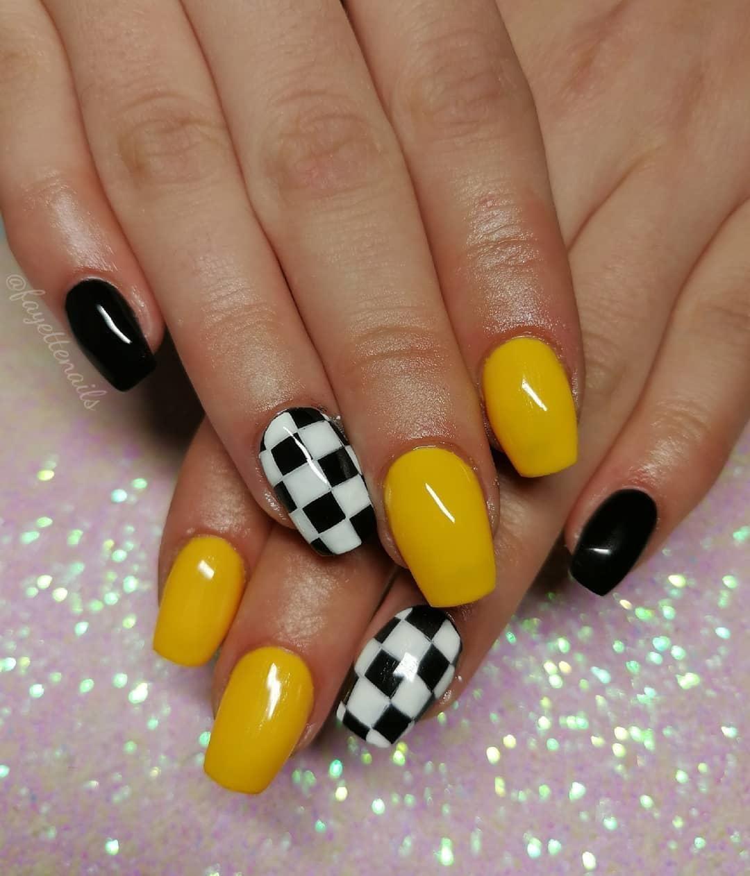 Yellow Acrylics Acrylic Nails Yellow Yellow Nails Pretty Acrylic Nails