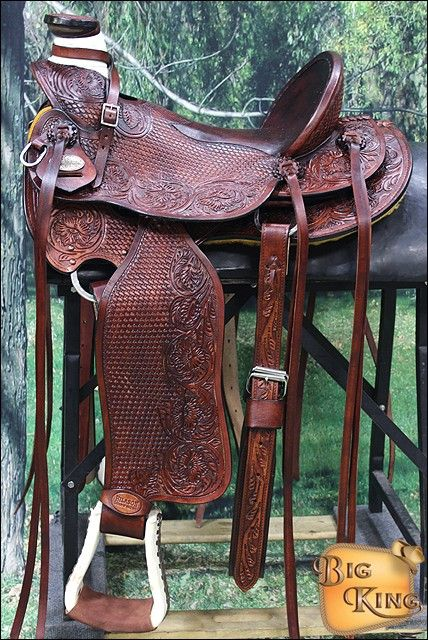 Big king western wade ranch roping horse high back saddle