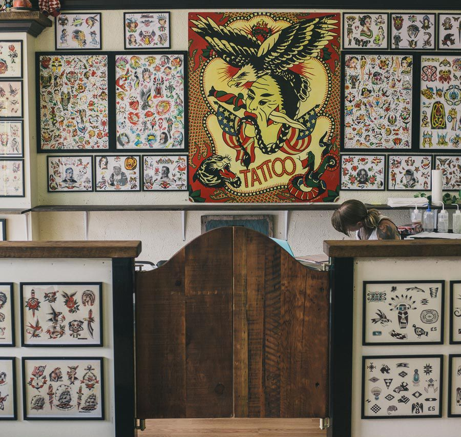 tattoo shop interior with flash on walls   flash in 2018   Pinterest ...