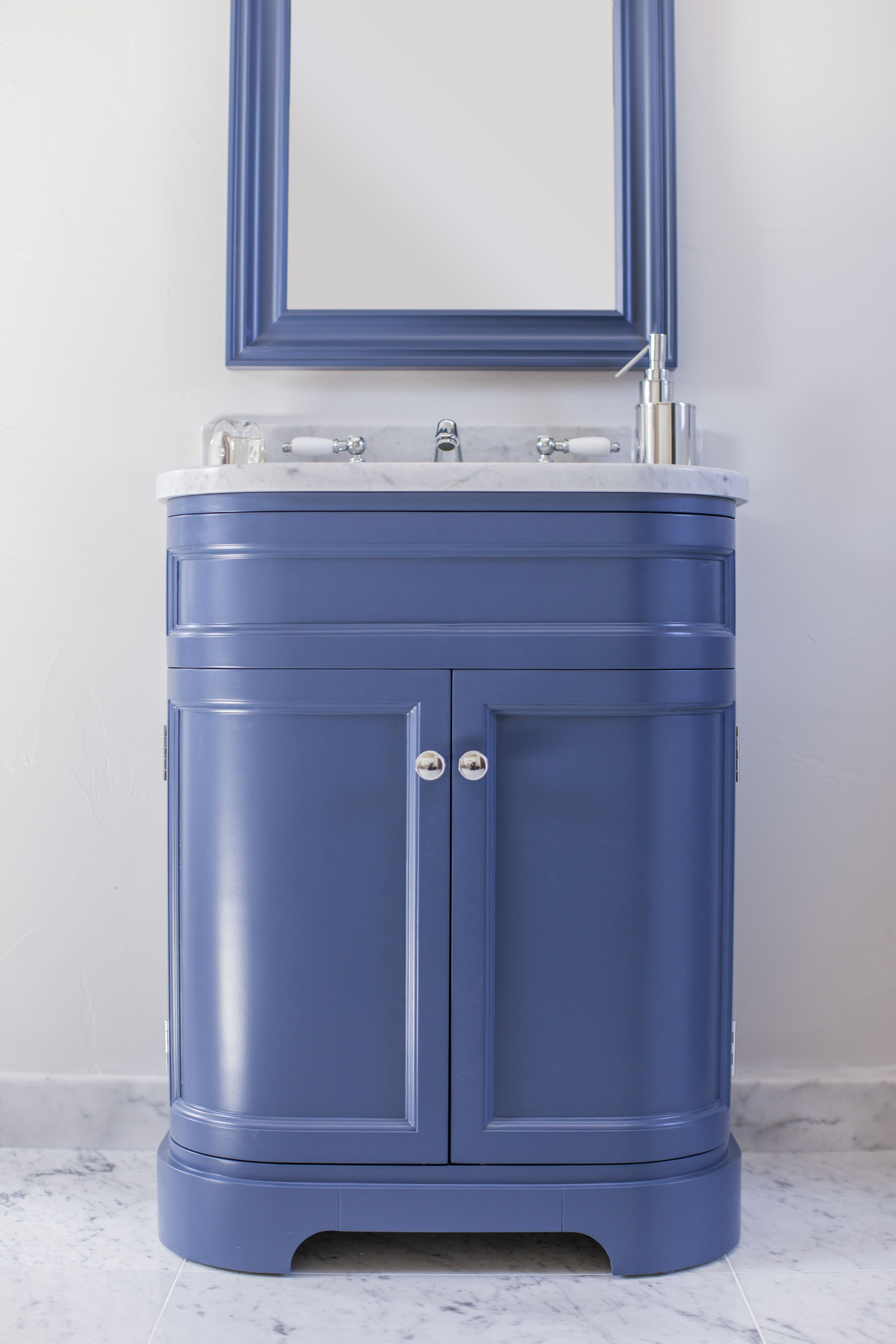 Painted Berwick Vanity Unit in Farrow and Ball Stiffkey Blue with