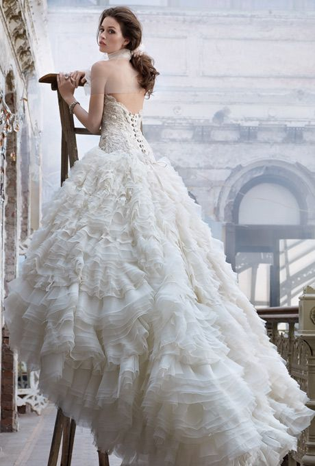 lazaro wedding gowns website