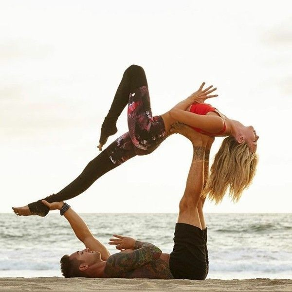 Yoga exercises for two: 3 effective acro yoga poses for beginners