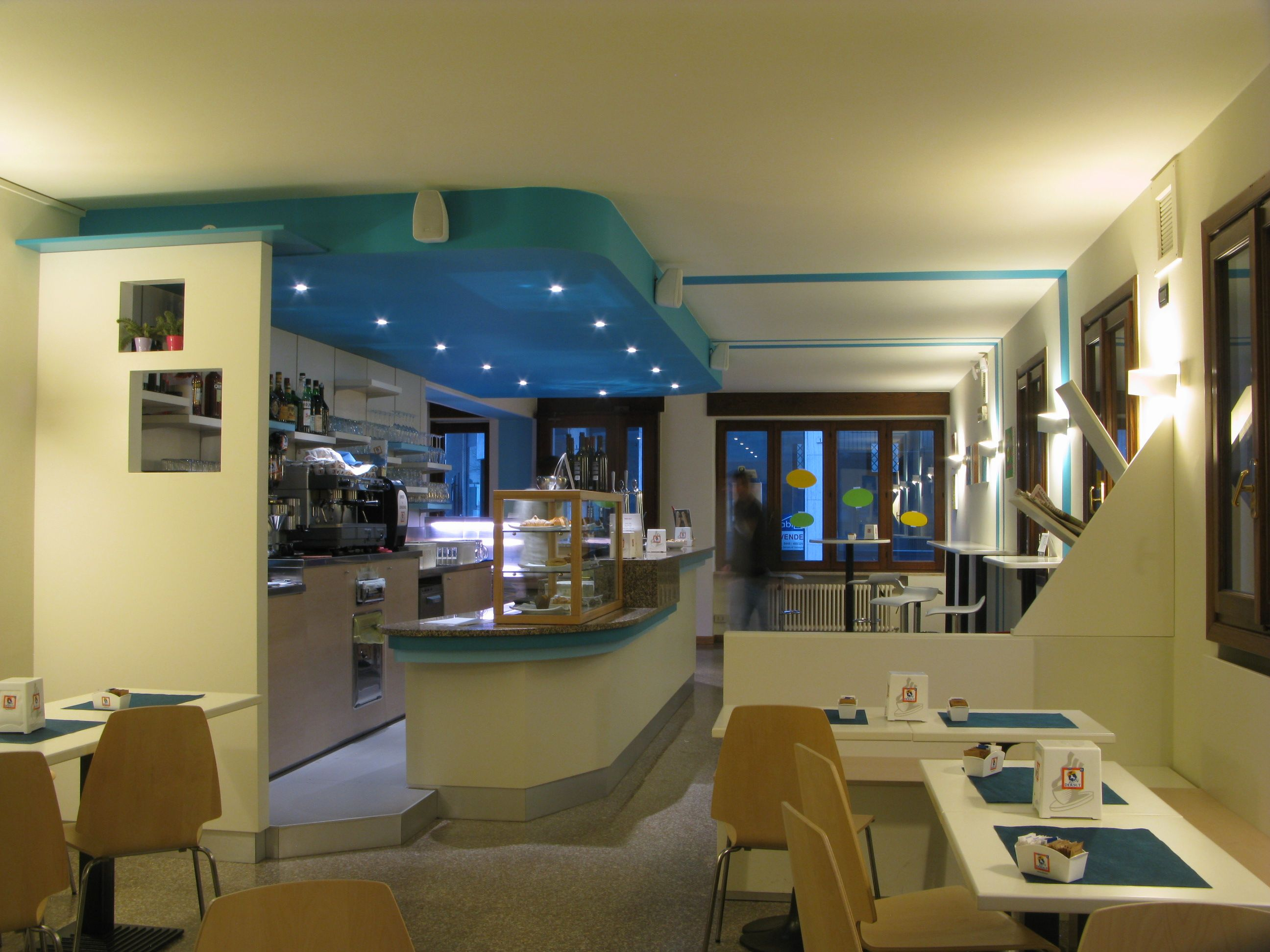 Arredi Bar Moderni arredamenti bar roma | arredamento, bar, moderno