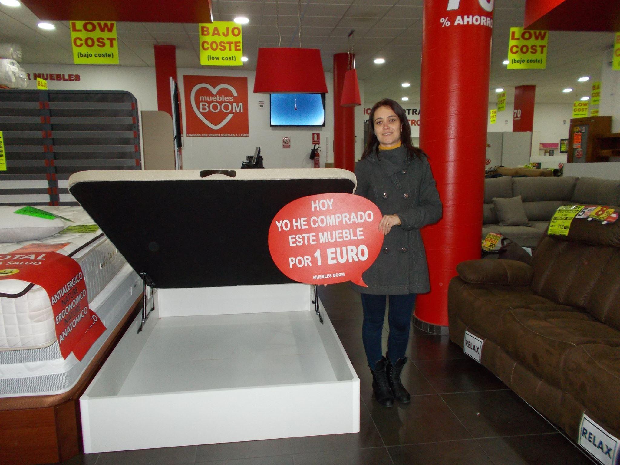Ayer Regina T L Se Compr Por S Lo 1 Euro Este Canape  # Muebles Boom Alcorcon