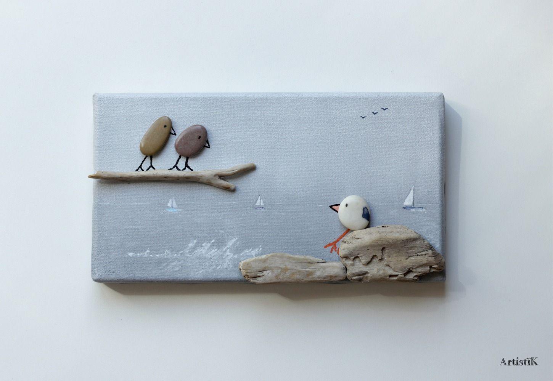 Tableau galets oiseaux bois flott fond gris mer dessin for Decoration bois flotte galet