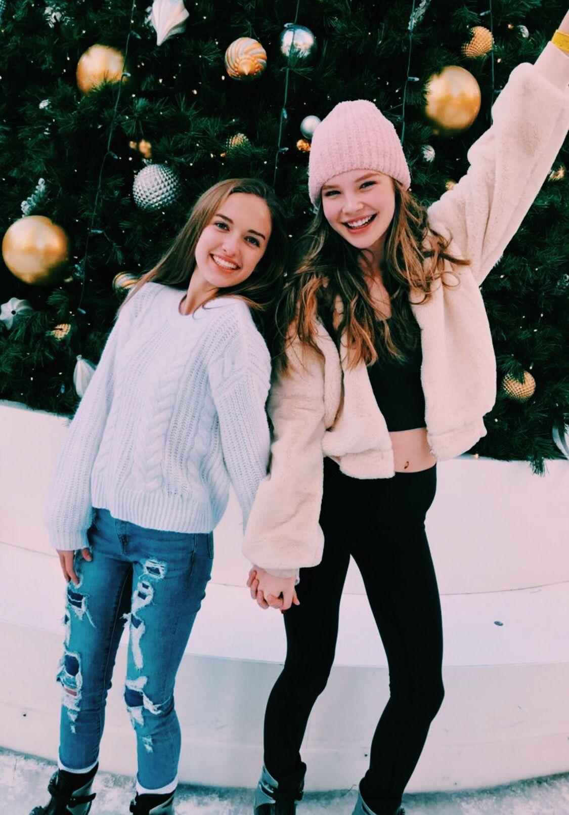 Pinterest Carolinefaith417 Winter Photoshoot Christmas Photoshoot Friend Photoshoot