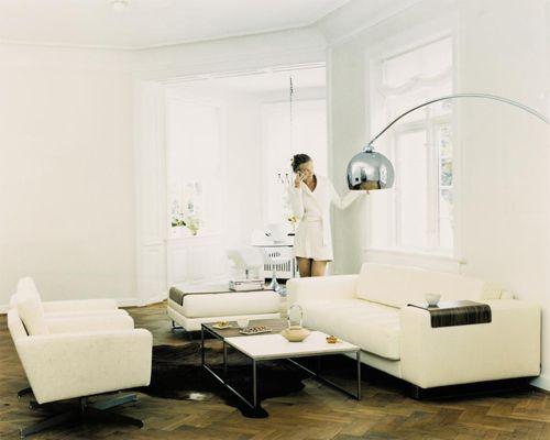 Lounge arc floor lamp bolia