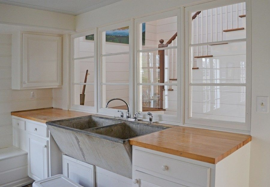 Every mudroom needs a sink like this.