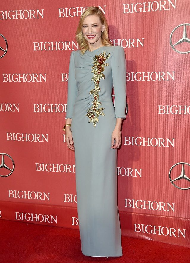 Cate Blanchett con un vsetido azul pálido de Marc Jacobs | Cate ...