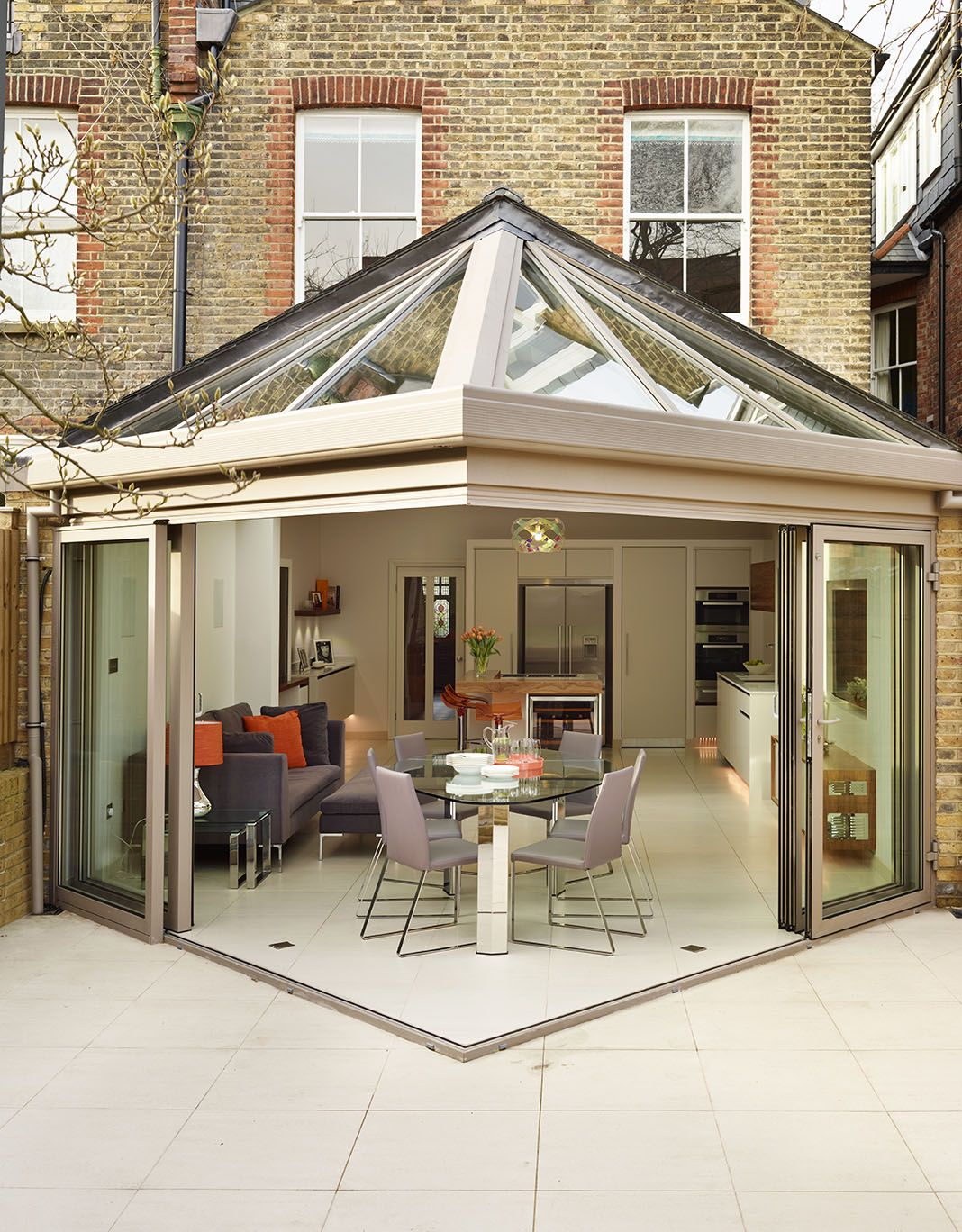 Roundhouse bespoke kitchen contributes to a seamless flow ... on Bespoke Outdoor Living id=51327