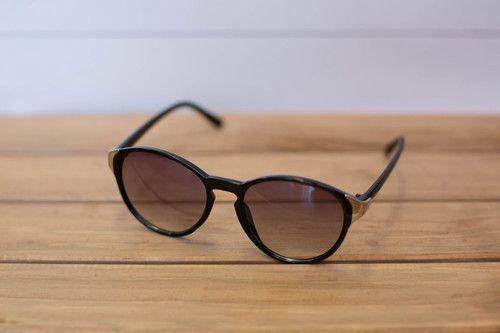 On The Bright Side Sunglasses Black