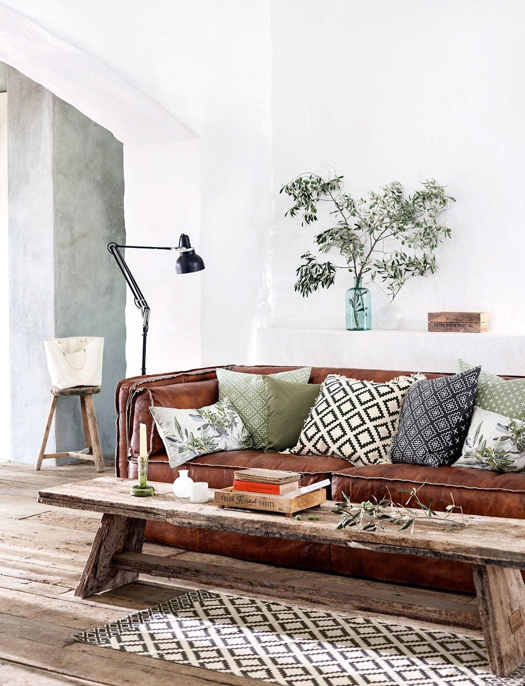Vacker vår hos H\u0026M Home | Green accents, Rustic industrial and ...