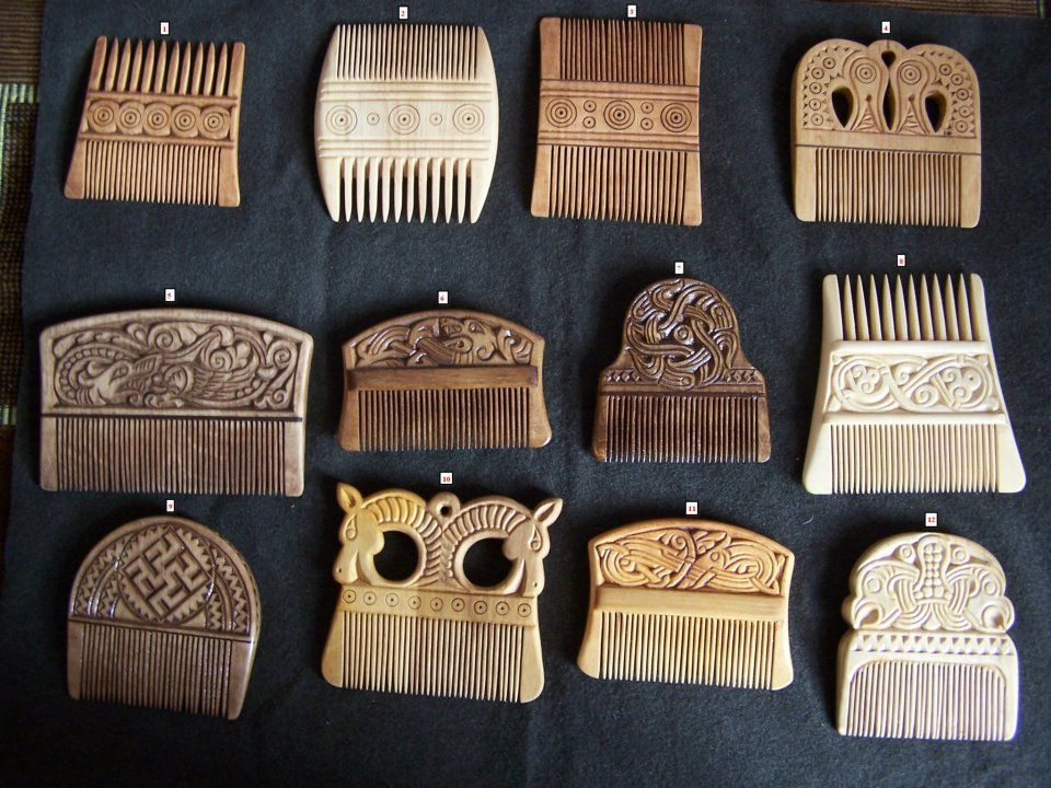 Viking-era combs, double and single sided, in both carved wood and bone. Like the Anglo-Saxons, the Norse took great pride in their hair./. A Journey Through Medieval Life octavia.net #viking