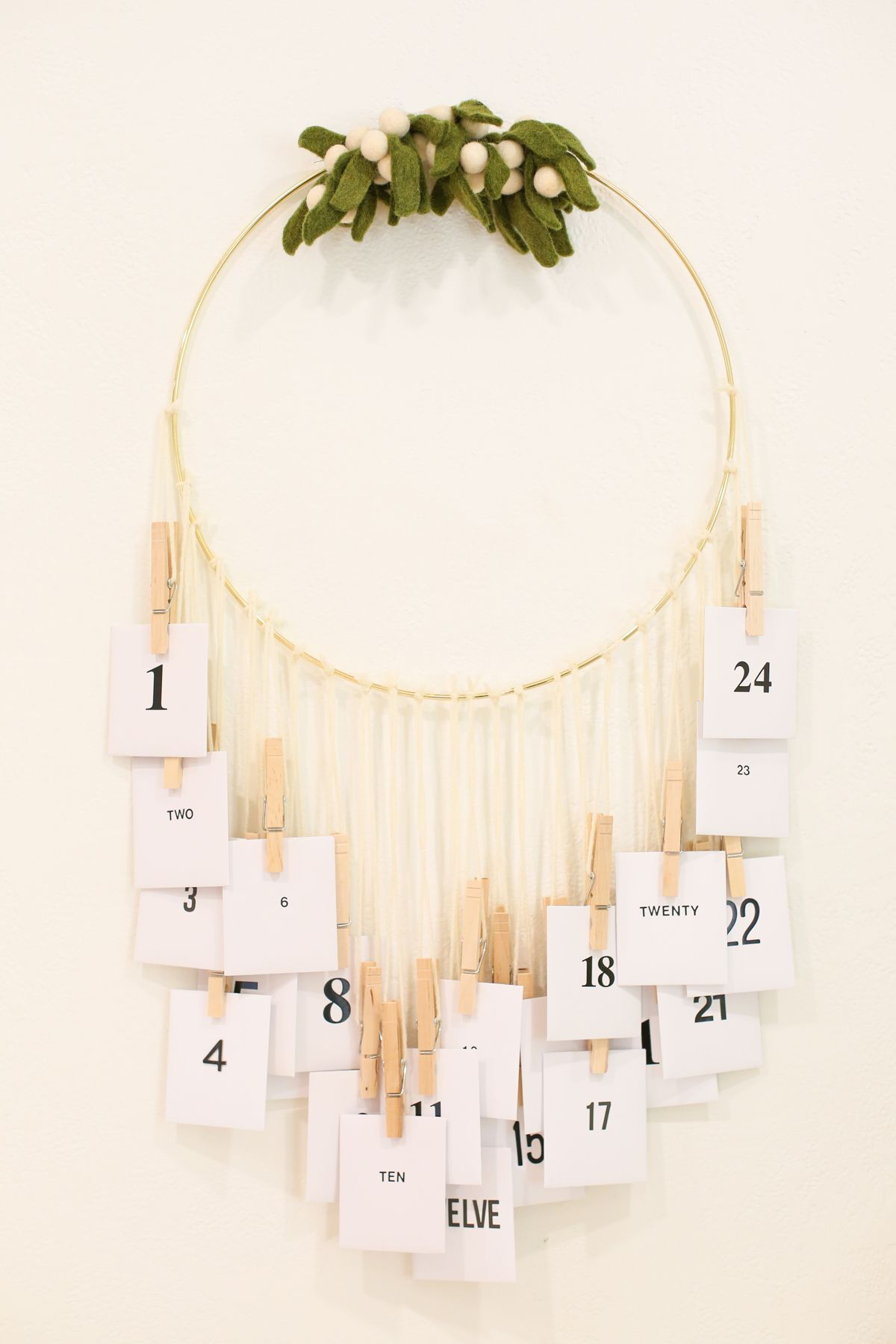 Acts of Kindness Advent Calendar with Free Printables » Lovely Indeed #paperprojects
