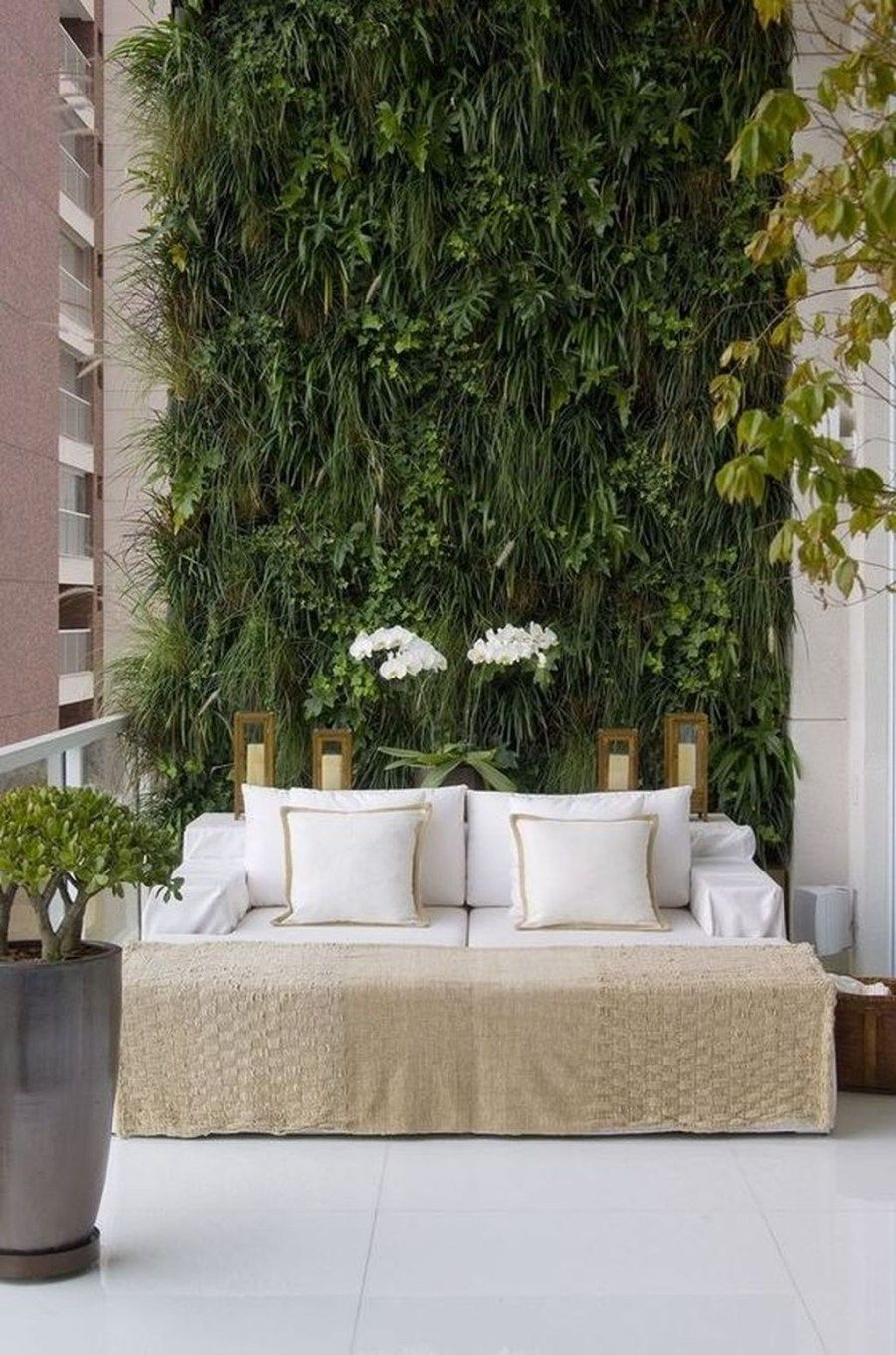 Stunning Living Wall Decor For Indoor And Outdoor 33 Vertical