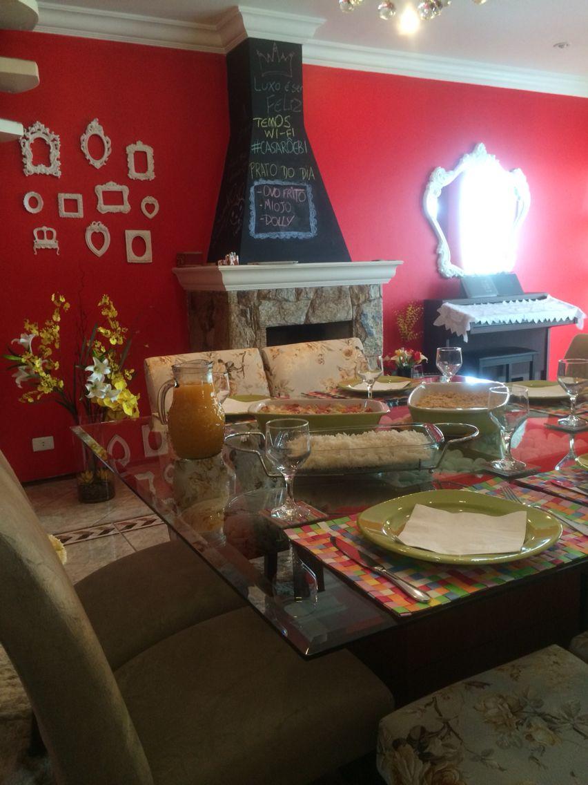 Casa sala lareira sala de jantar café quadros espelho
