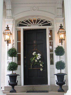 Porte extérieure noire avec 2 latéraux porte extérieur Pinterest