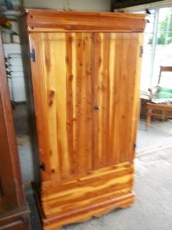 1950 Cedar Wardrobe Closet 34x68x22 125
