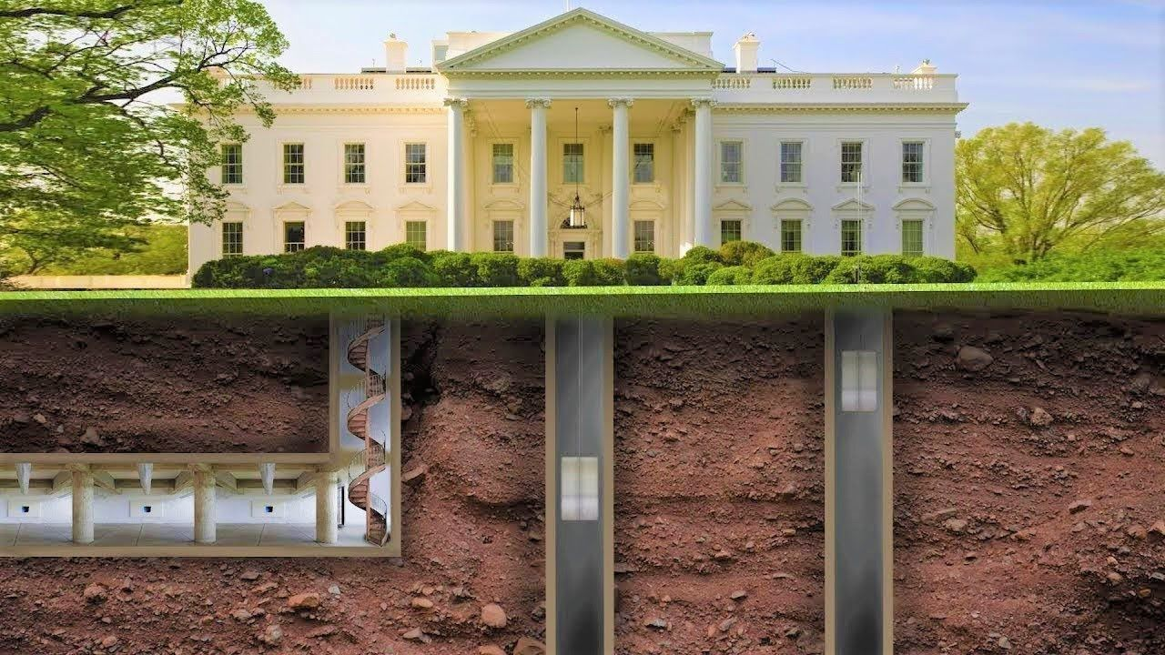 Secrets And Rumors Of The White House With Images Us White House White House House Styles