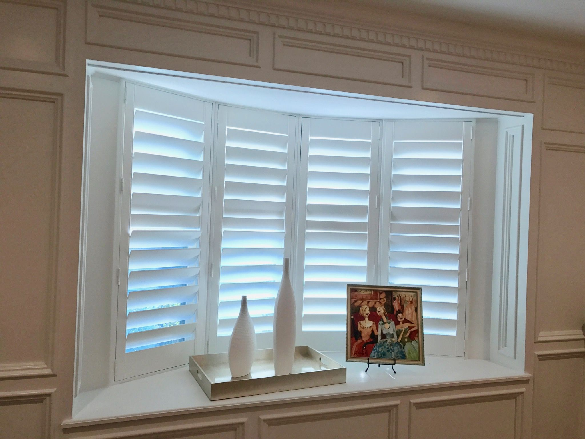 Bay window with 4 5 shutters