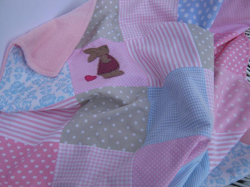 Babydecken - Babydecke + Häschen 65 cm x 80 cm rosa/beige/blau - ein ...