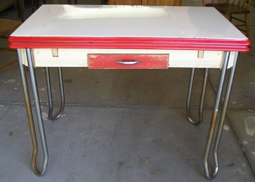 Vintage Enamel Or Formica Kitchen Tables And Chairs On