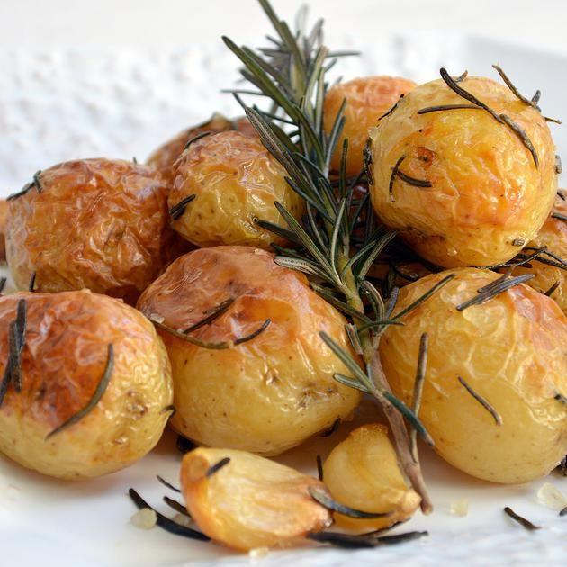 Batatas rústicas com alecrim