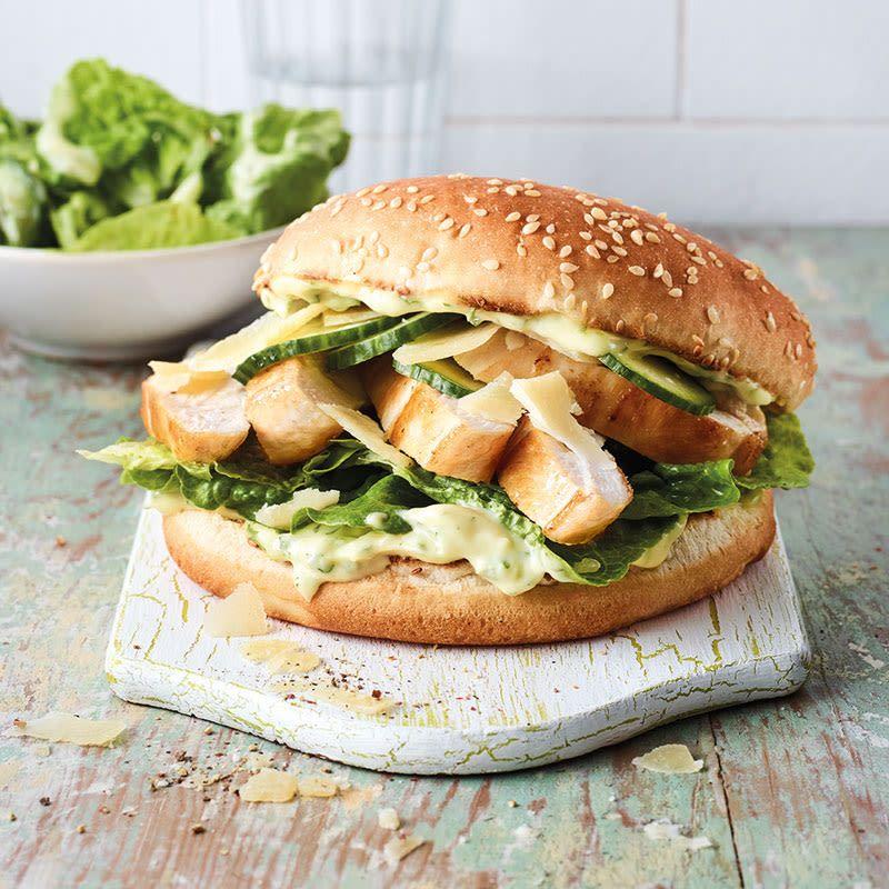 Caesar-Chicken-Burger Rezept | WW Deutschland
