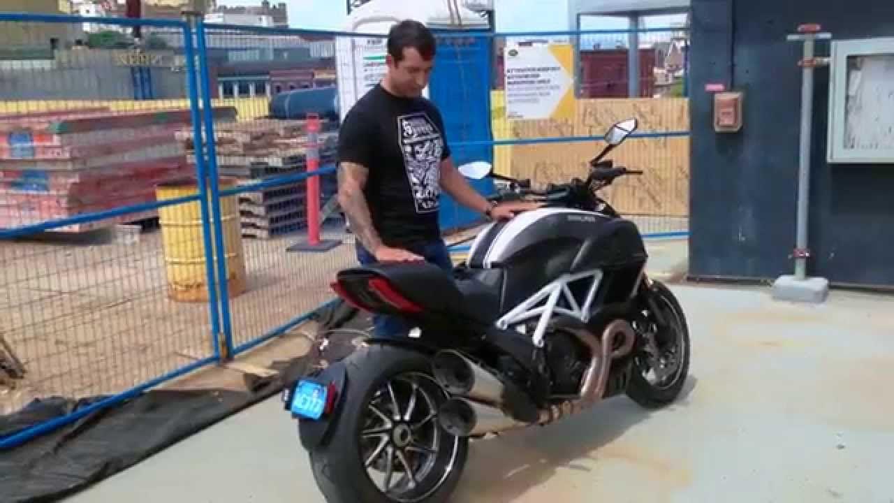 Ducati Diavel Carbon 2015 Mini Review Ducati Diavel Ducati