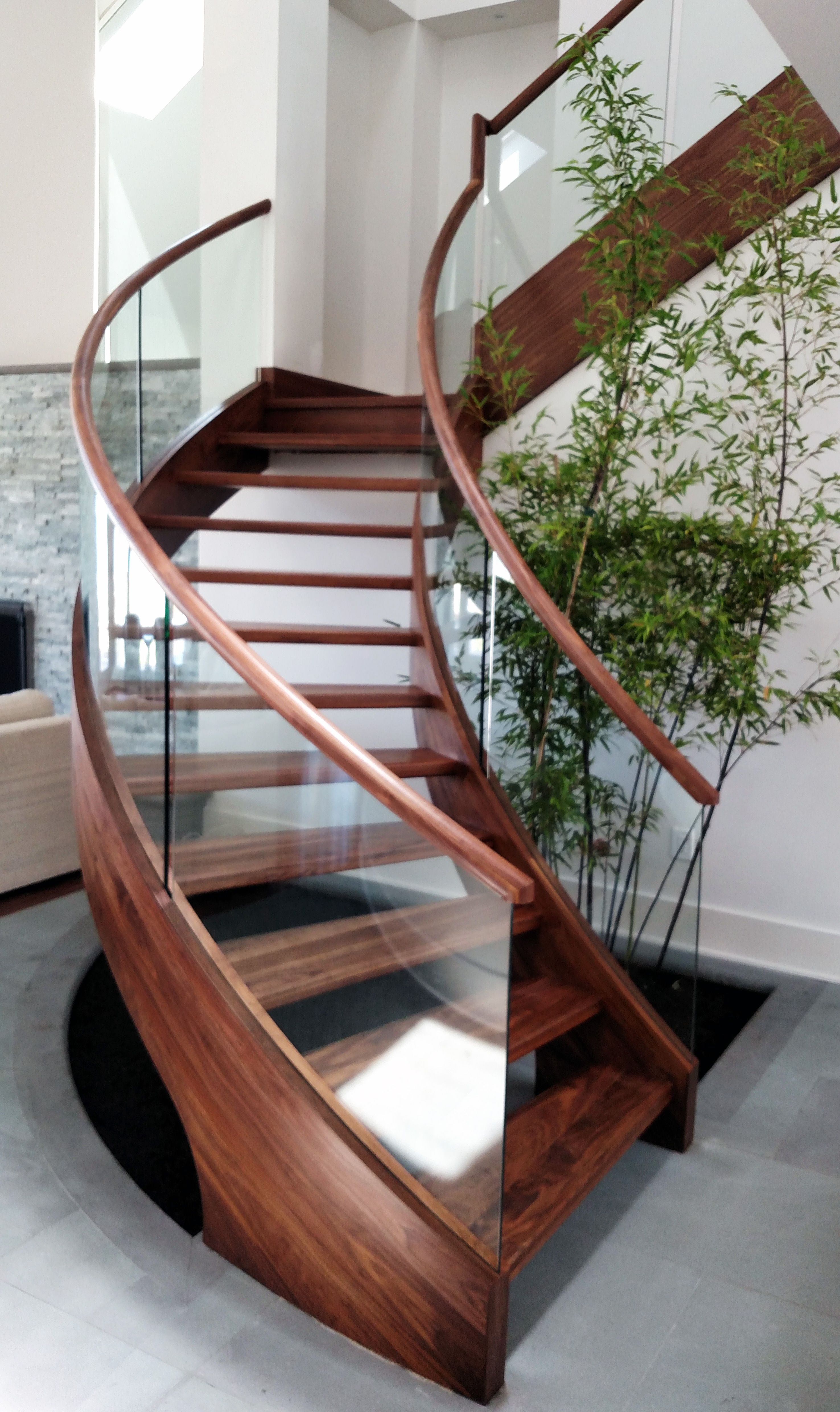 Best Beautiful Freestanding Curved Stair In Myrtle Beach Sc A 400 x 300