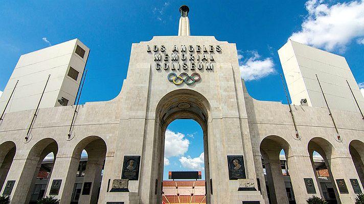 Los Angeles Memorial Coliseum Peristyle Visit Los Angeles Los Angeles Los Angeles Poster