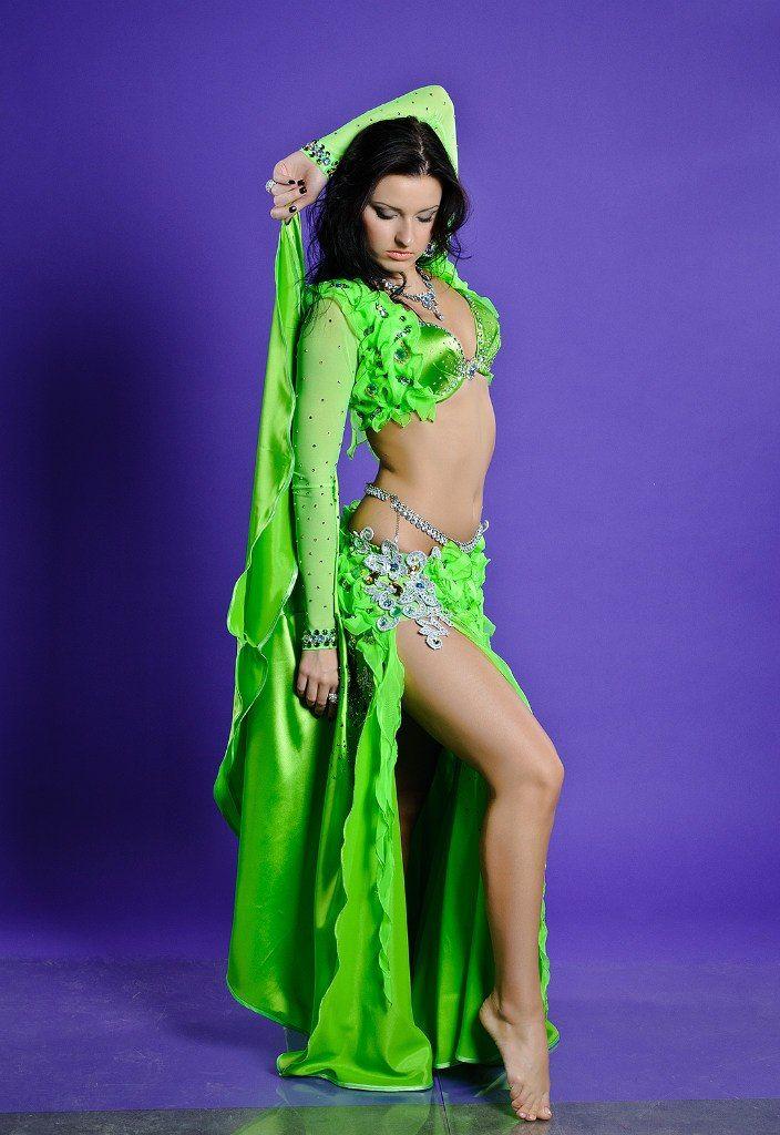 Dance, dance. | Belly Dance | Pinterest | Verde