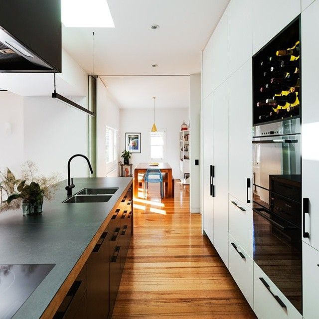Timber Kitchen Black Benchtop: 6mm Porcelain Benchtop With Recycled Timber Frame