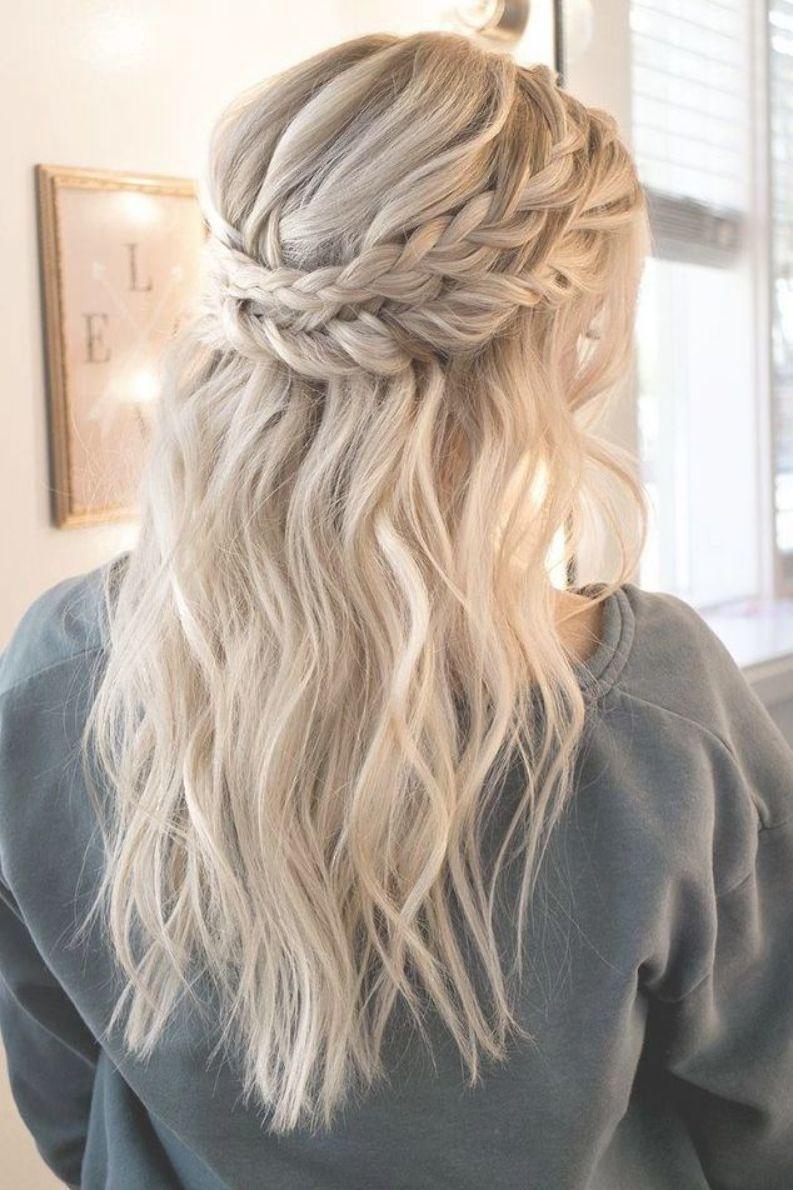 Popular Wedding Hairstyles Half Up Half Down Medium Length Fresh Wedding Hair Ide Medium Length Hair Styles Medium Hair Styles Wedding Hairstyles Medium Length