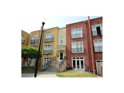 Pin By Jaslynn Murphy On Atlanta House Apartment Hunting Atlanta Homes Condos For Sale Home