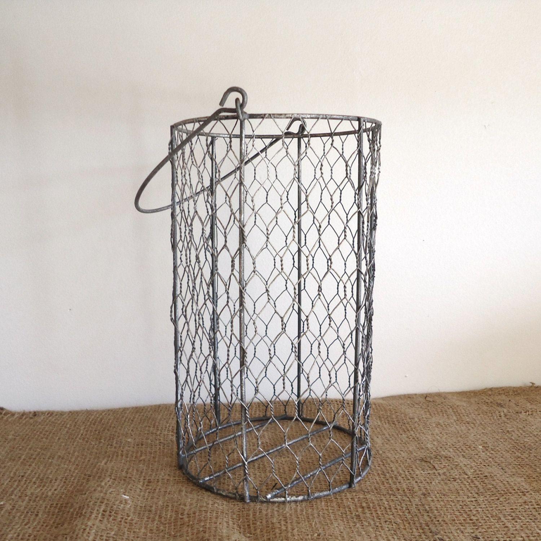 Vintage Wire Basket, Garden, Chicken Wire Basket, Bathroom Decor, Cottage  Country, Shabby Chic, Kitchen Decor, Farmhouse Kitchen