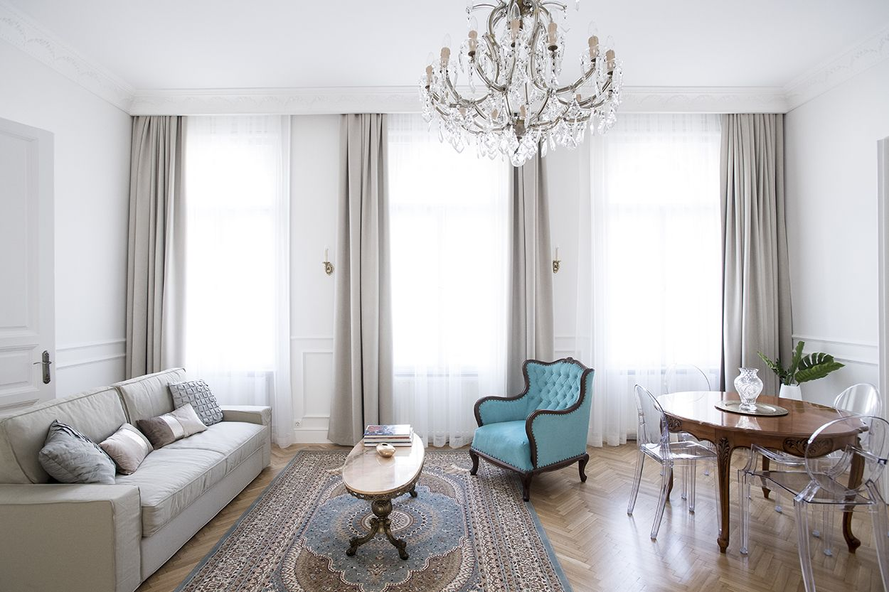 A FrenchChic Mix of Old & New in a Budapest Flat
