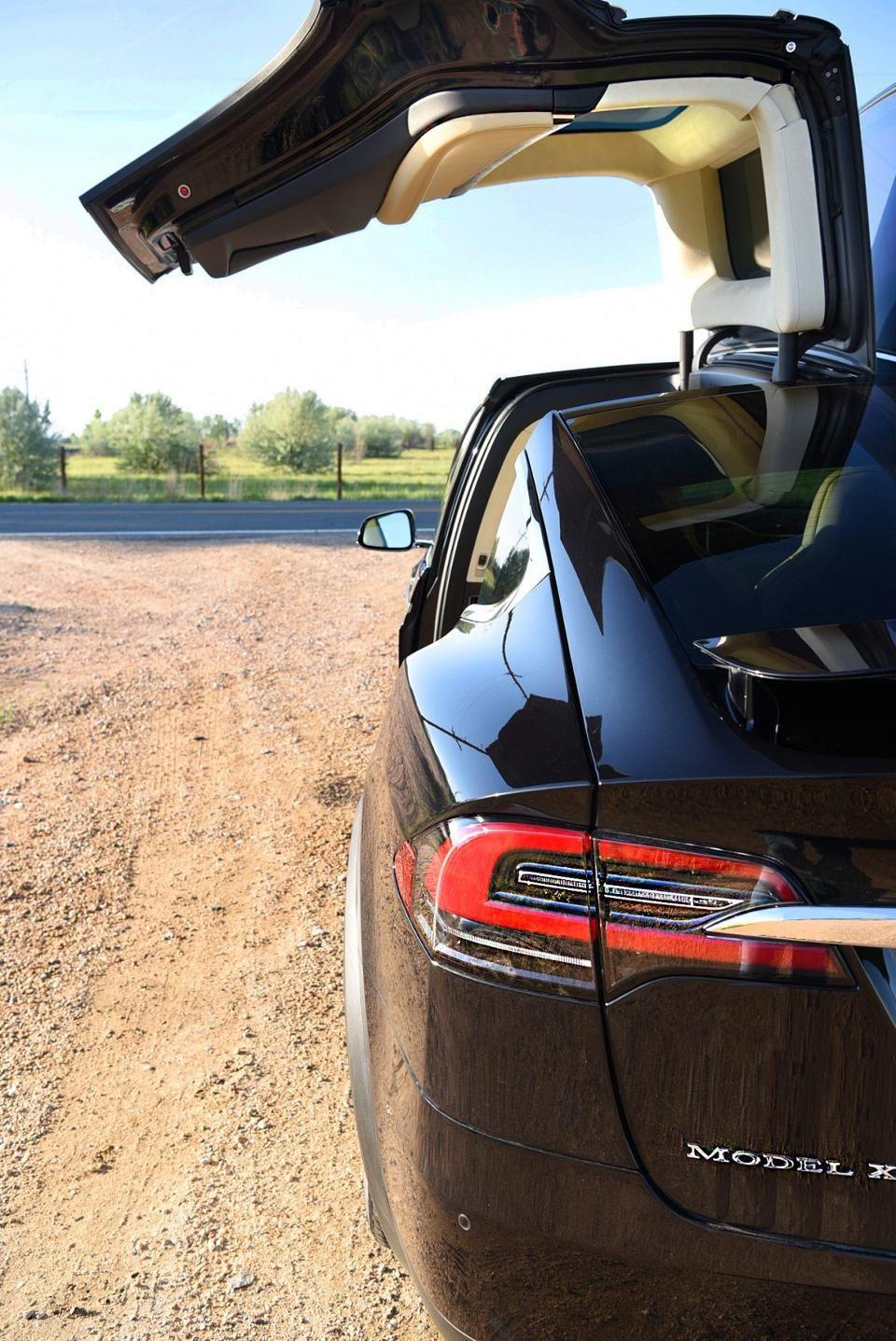 So much about Tesla's X D100 car just plain makes sense ...