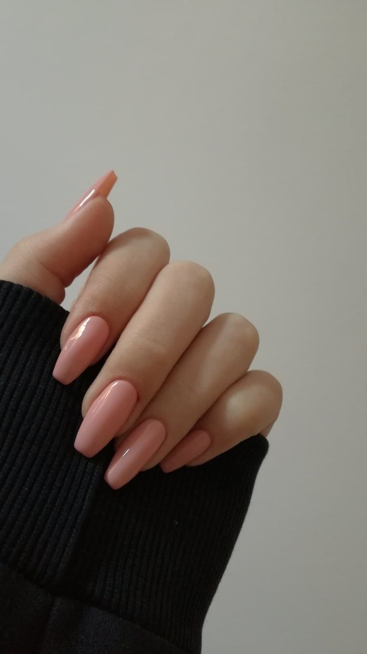 Pink nails Pinterest // carriefiter // 90s fashion street wear street style phot... - Nails -   #90s #Carriefiter #Fashion #nails #phot #Pink #Pinterest #Street #Style #Wear #90sfashion