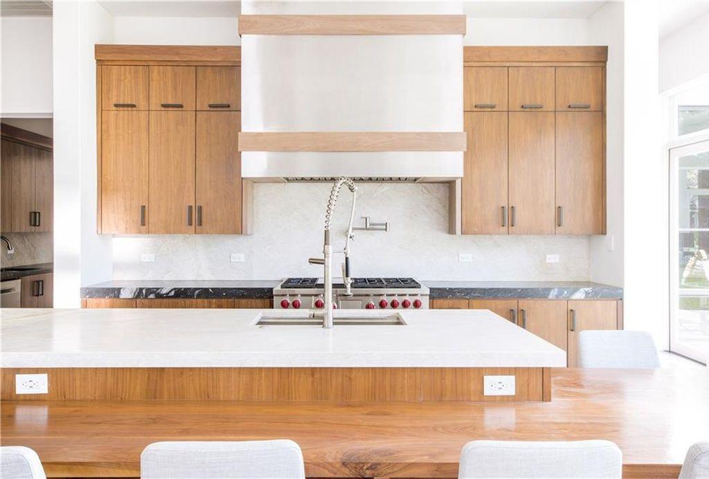 5808 Caladium Dr Dallas Tx 75230 Mls 13948703 Zillow Kitchen Remodeling Contractors Kitchen Remodel Custom Kitchens Design