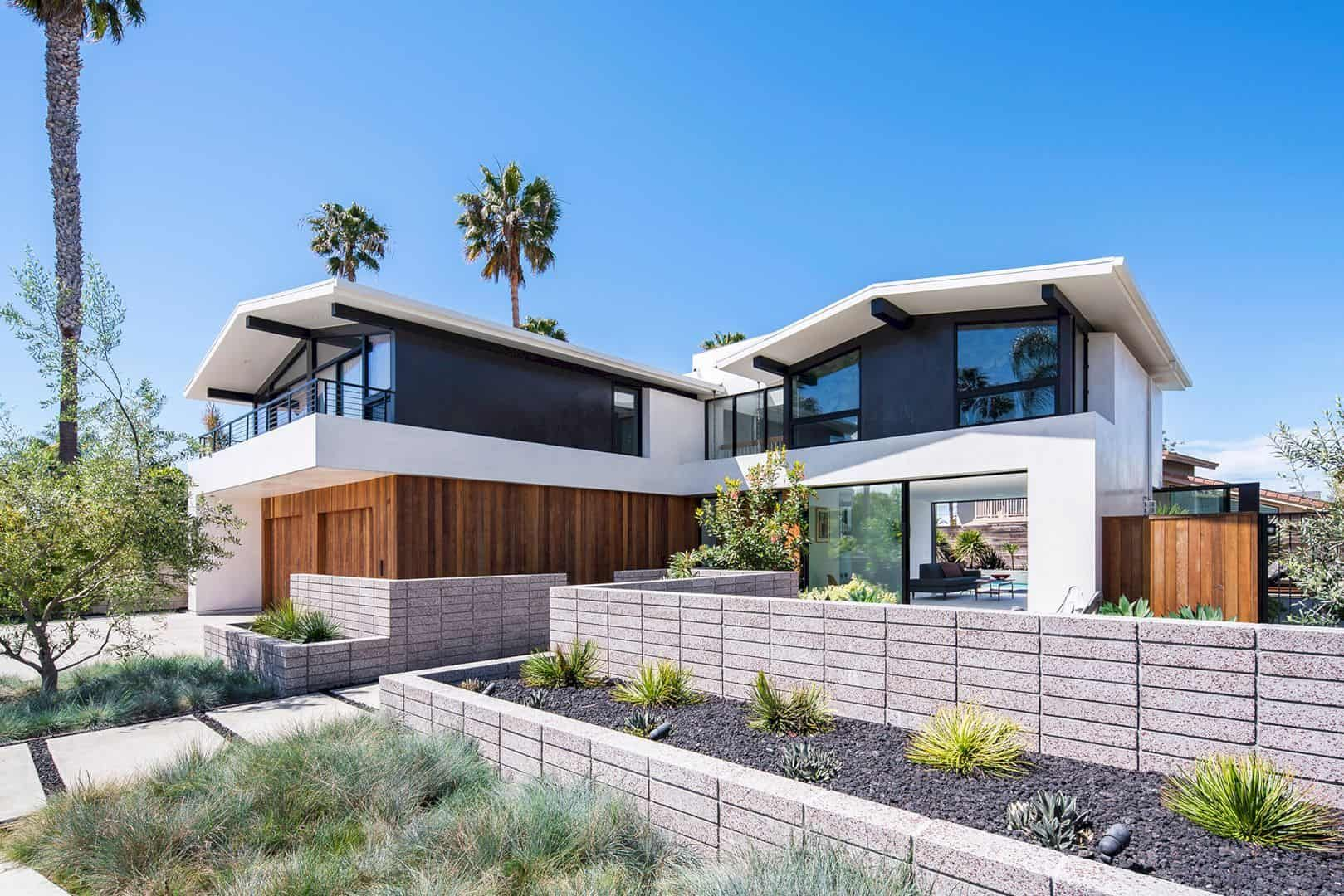 Phelps Residence A Regional Mid Century House With A Two Story Stucco Facade Structure In 2020 Mid Century House California Homes Architecture