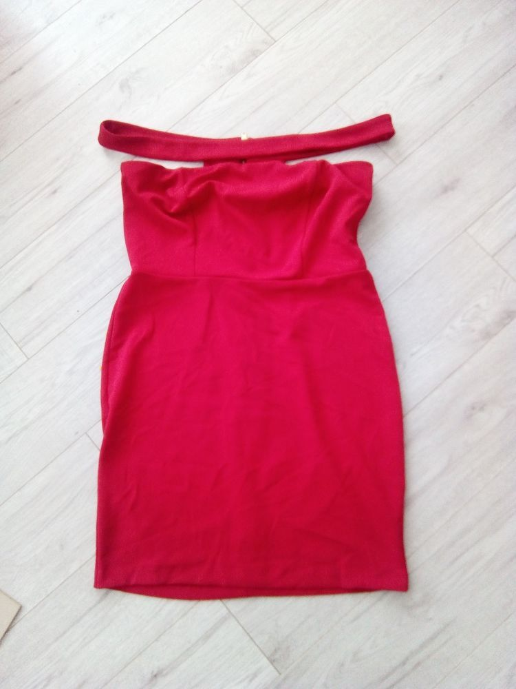 41cc3d6a6eb2 NEW NEW LOOK RED STRAP COLD SHOULDER DRESS SIZE 16  fashion  clothes  shoes